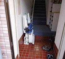 神奈川県川崎市/N歯科医院 <p>屋内曲がり階段</p>の事例