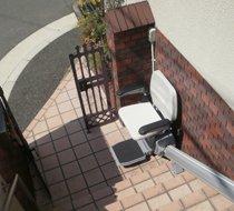 大阪府吹田市/K邸 <p>屋外まっすぐ階段</p>の事例