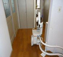 東京都練馬区/K邸 屋内曲がり階段用の設置事例