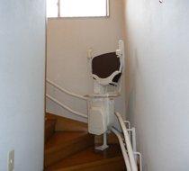 東京都練馬区/K邸 <p>屋内曲がり階段</p>の事例